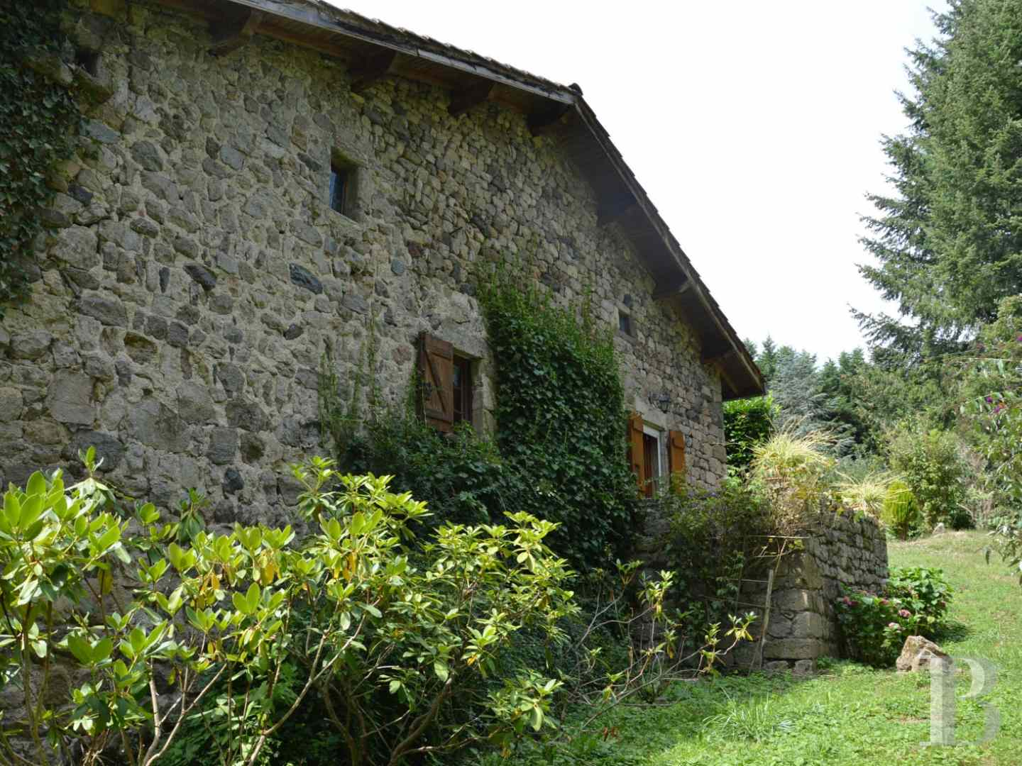 character properties France rhones alps character houses - 4 zoom