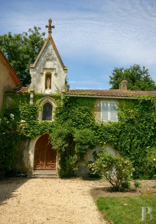 character properties France pays de loire character houses - 5