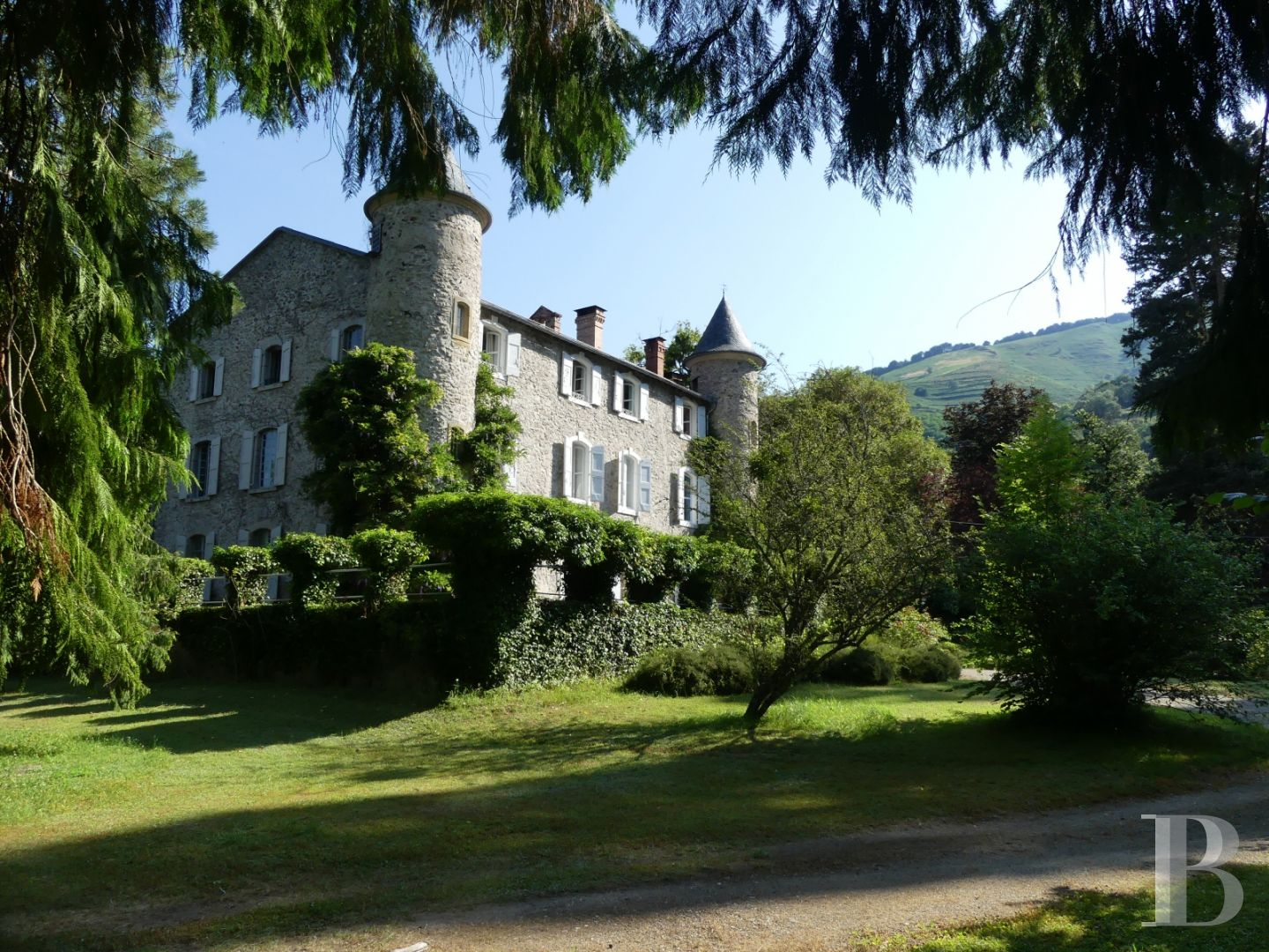 chateaux a vendre midi pyrenees chateau a - 1 zoom