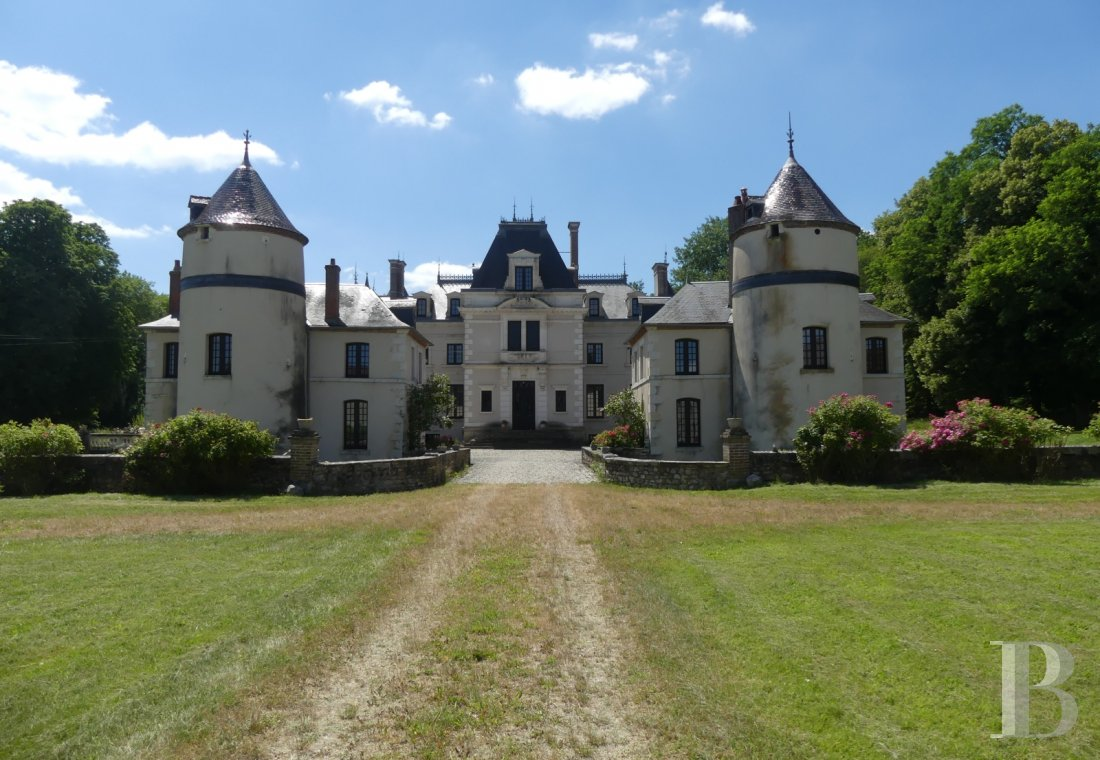chateaux for sale France burgundy castles chateaux - 2 mini