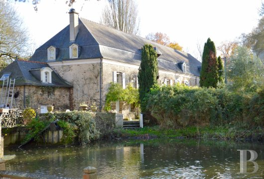 character properties France pays de loire character houses - 2