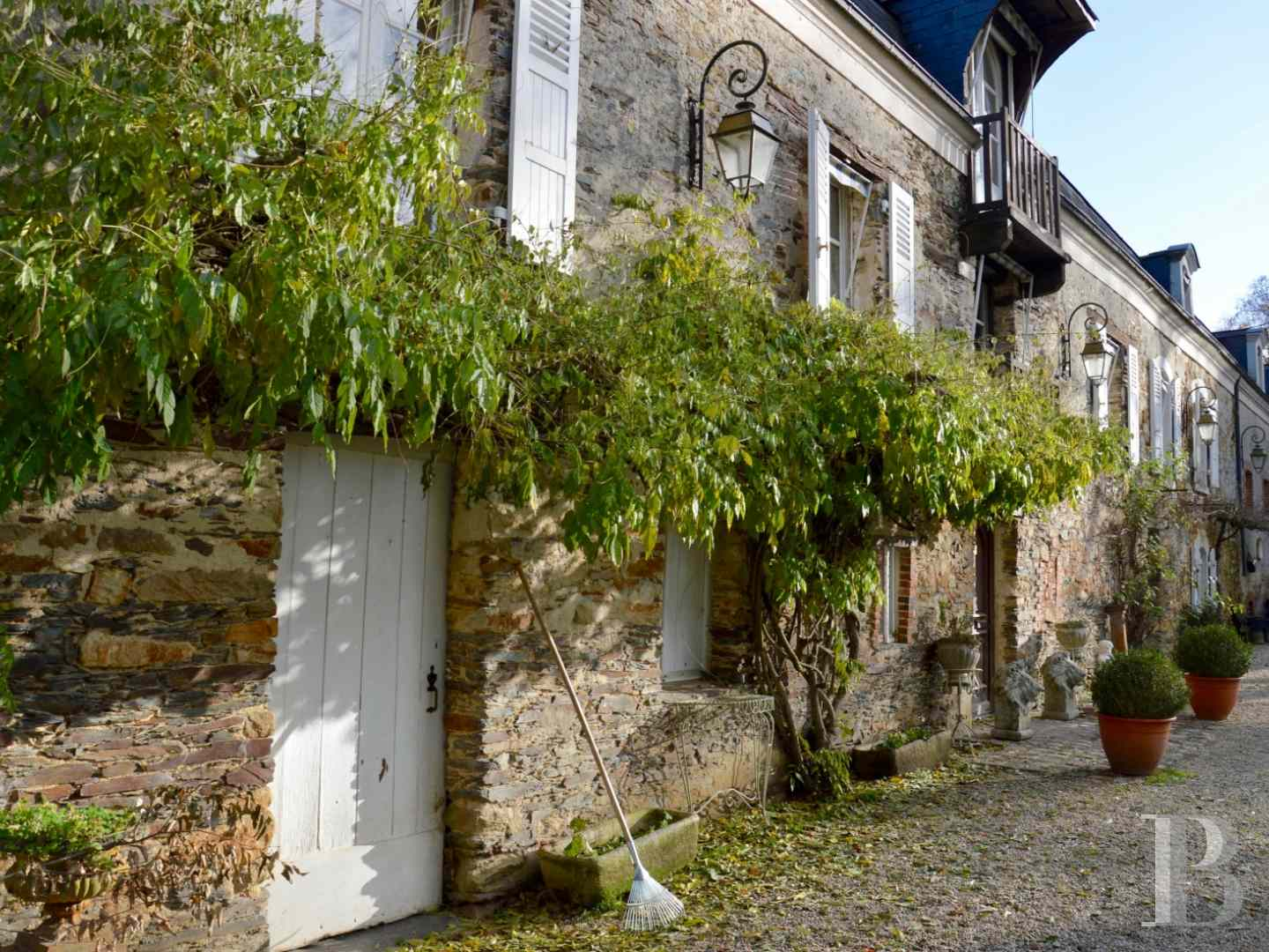 character properties France pays de loire character houses - 3 zoom