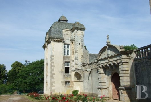 chateaux for sale France brittany castles chateaux - 8