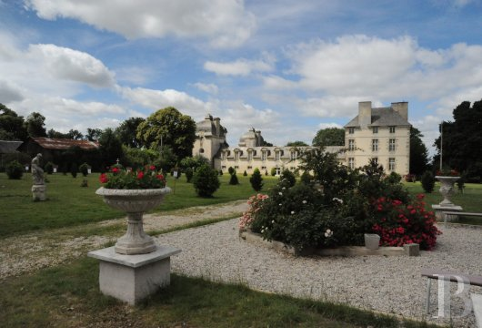 chateaux for sale France brittany castles chateaux - 4