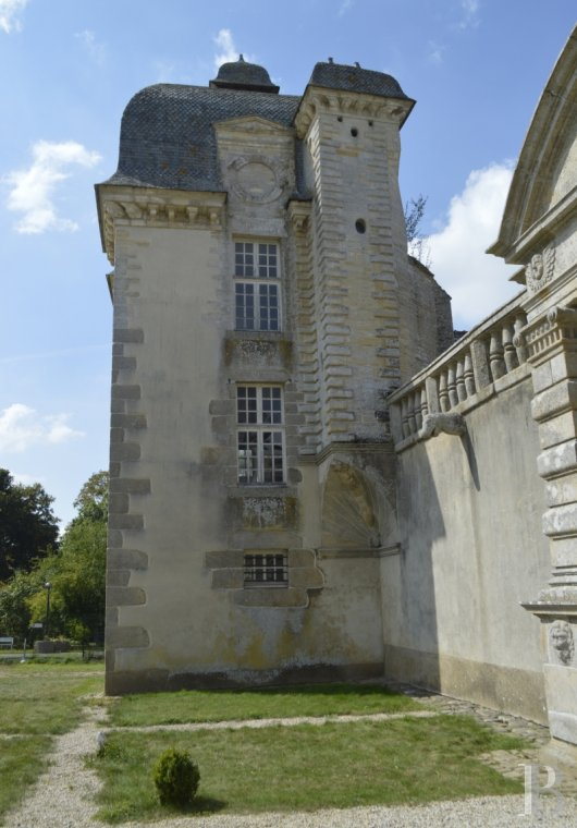 chateaux for sale France brittany castles chateaux - 6