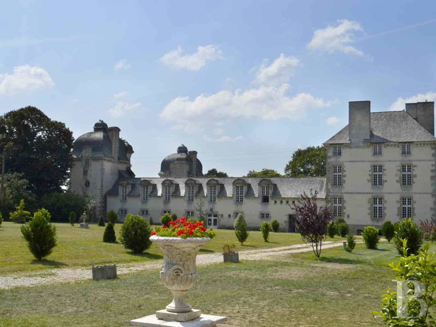 chateaux for sale France brittany castles chateaux - 1 zoom