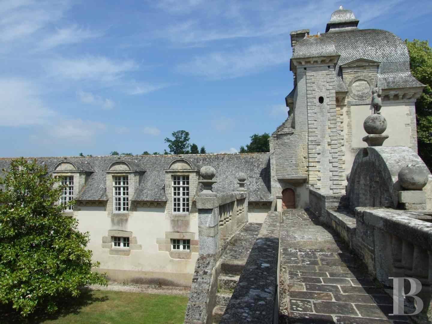 chateaux for sale France brittany castles chateaux - 9 zoom