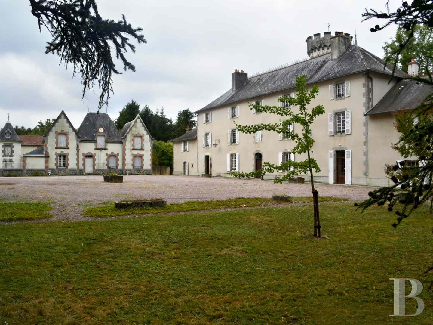chateaux for sale France limousin castles chateaux - 2 zoom