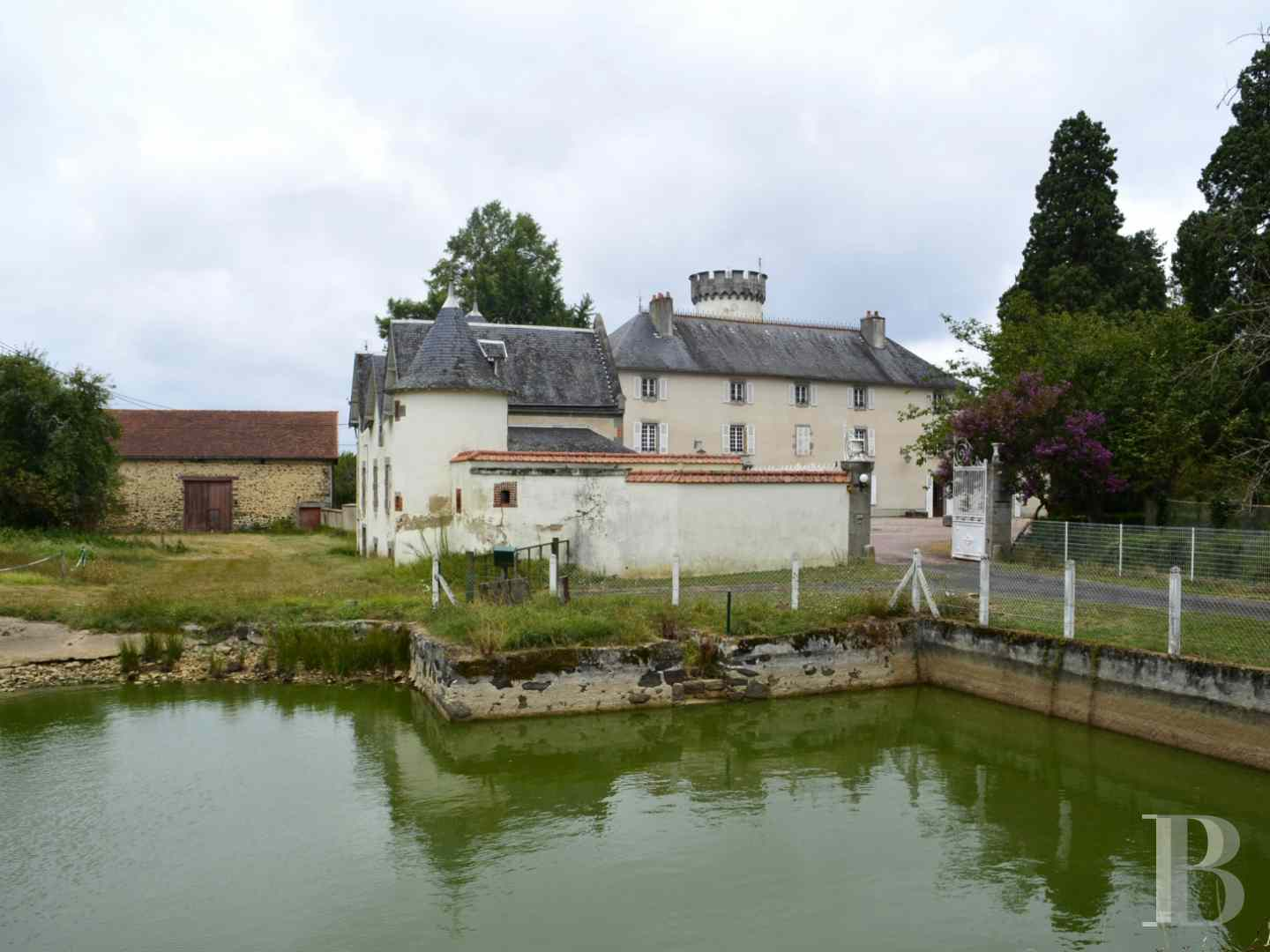 chateaux for sale France limousin castles chateaux - 3 zoom