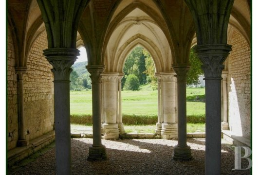 fA stirringly beautiful 13th century Cistercian abbey in the south-east of Rouen - photo N°15