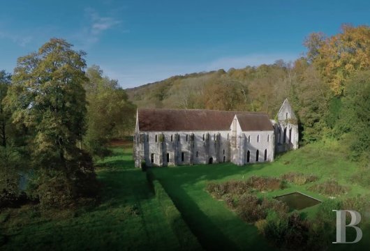fA stirringly beautiful 13th century Cistercian abbey in the south-east of Rouen - photo N°5