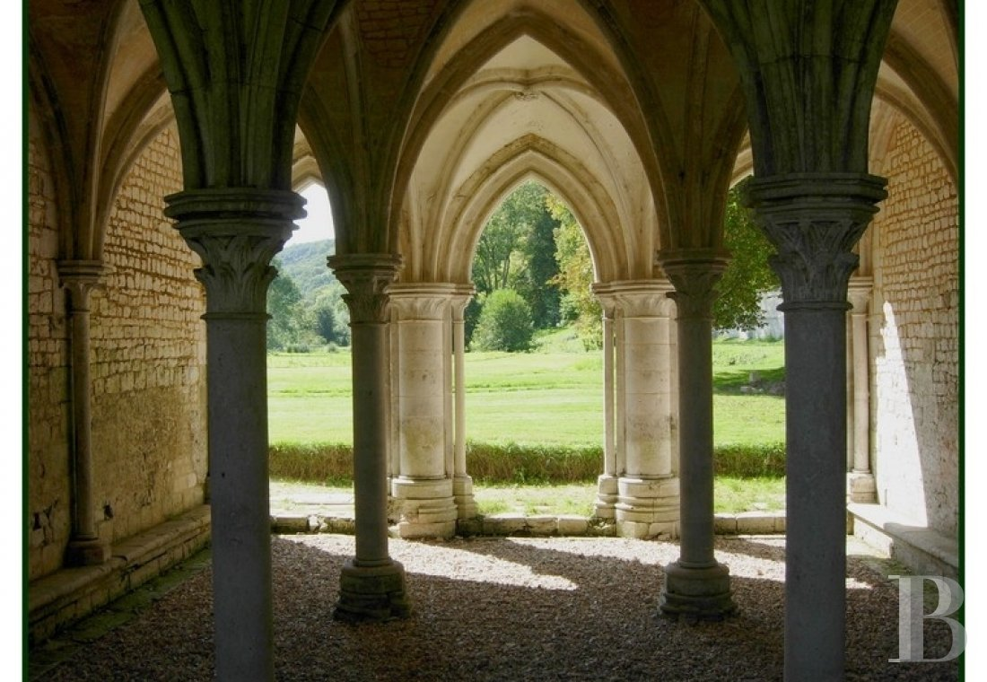 A stirringly beautiful 13th century Cistercian abbey in the south-east of Rouen - photo  n°16