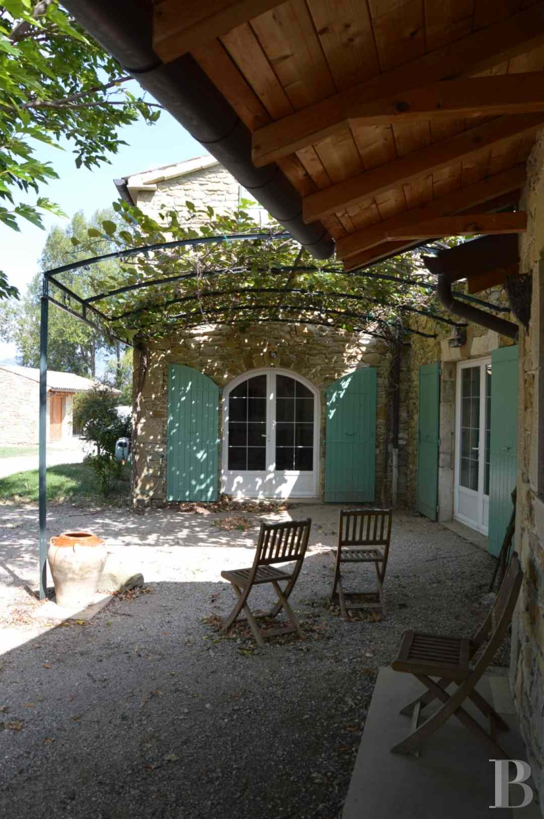 character properties France rhones alps character houses - 5 zoom