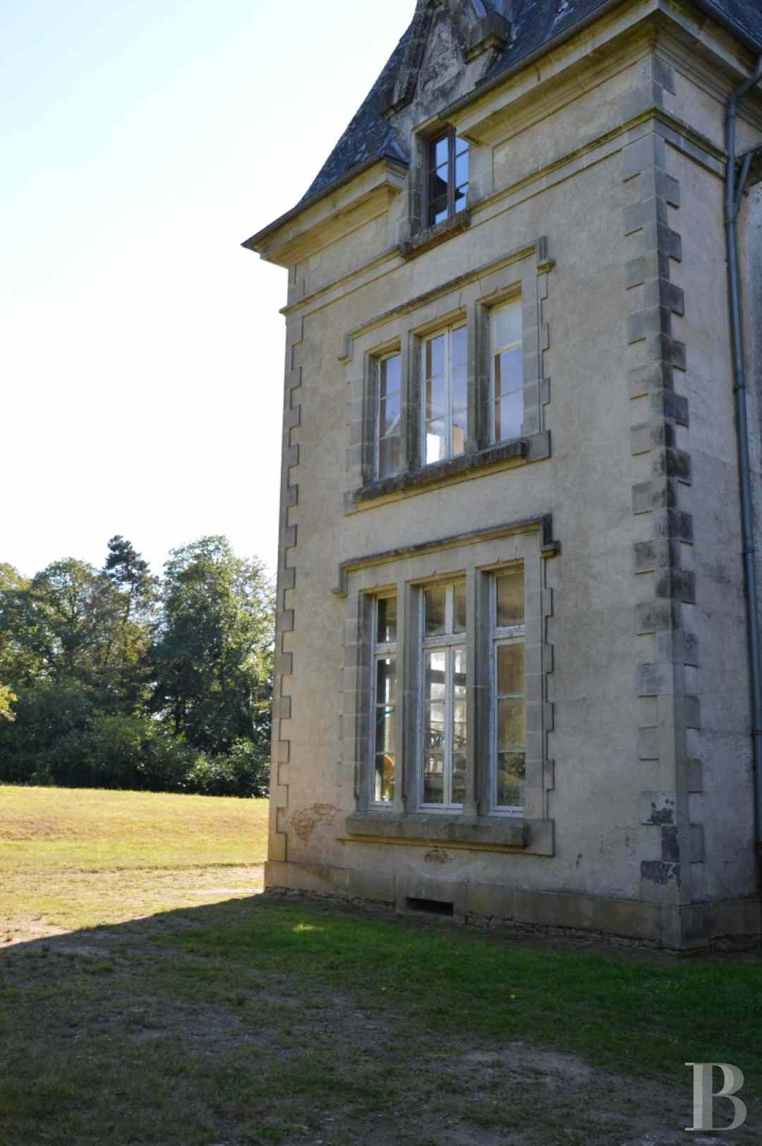 France mansions for sale brittany manors for - 3 zoom