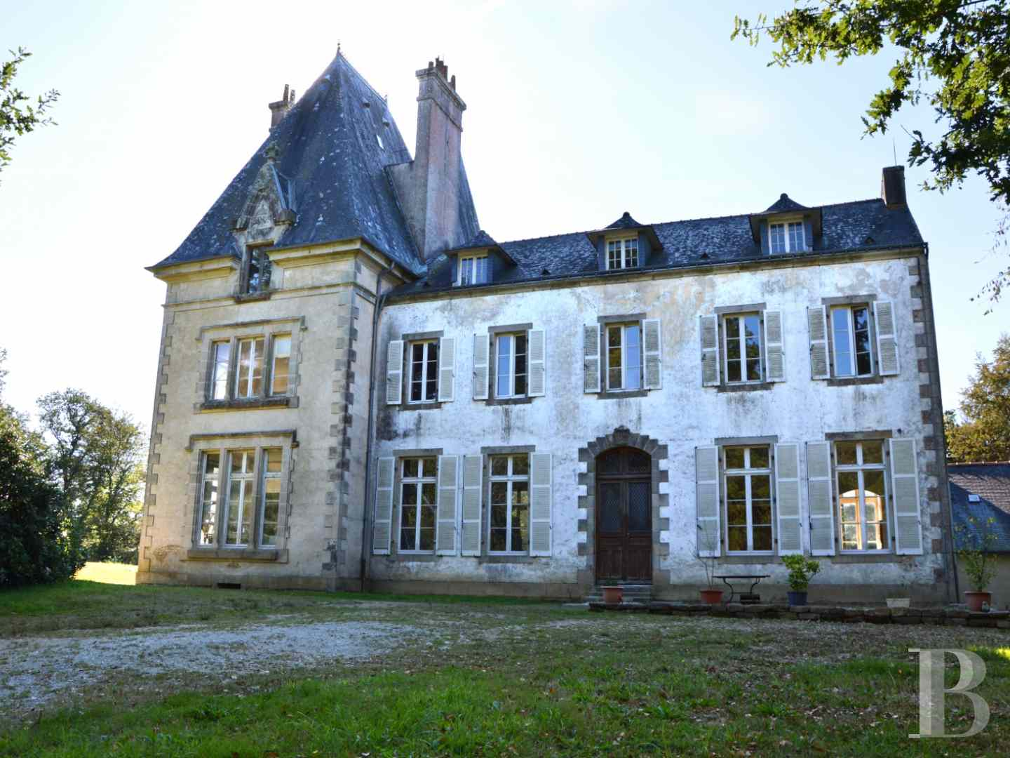 France mansions for sale brittany manors for - 2 zoom