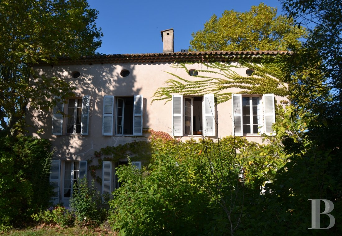 character properties France provence cote dazur character houses - 1