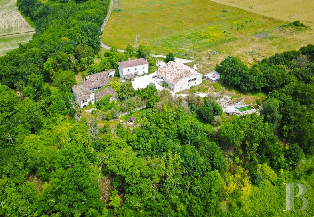 A revitalising hamlet surrounded by nature  in the Tarn-et-Garonne, to the east of Agen - photo  n°1
