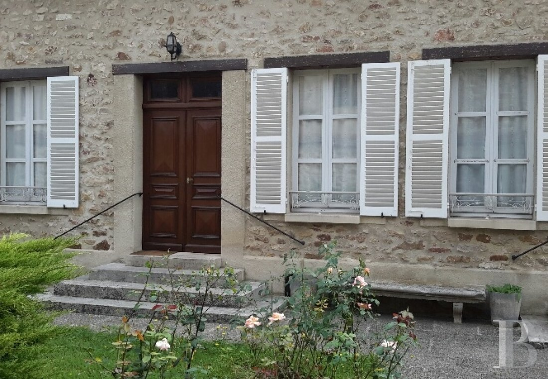 character properties France champagne ardennes character houses - 9