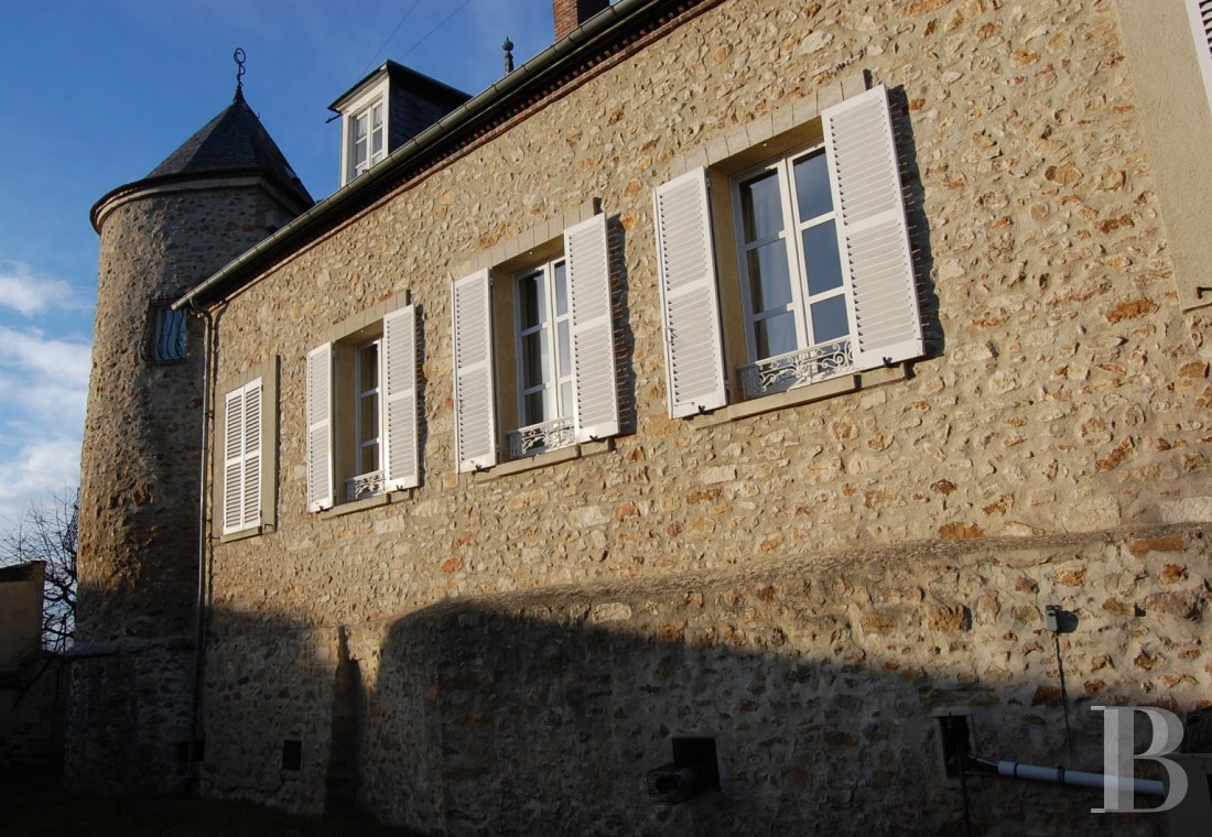 character properties France champagne ardennes character houses - 1