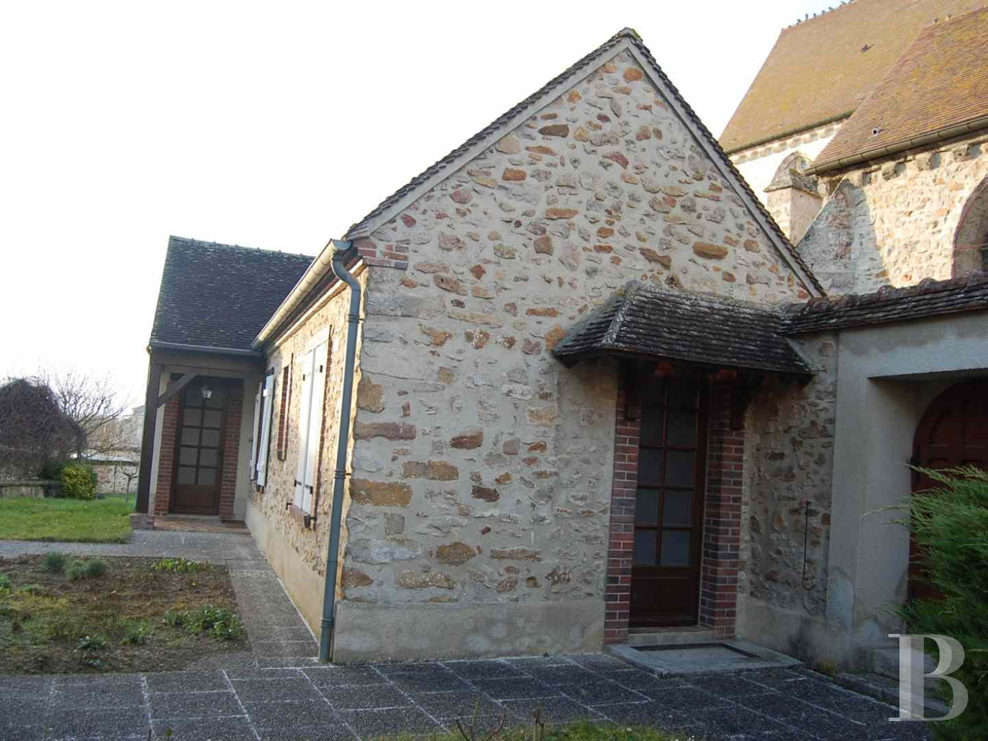 character properties France champagne ardennes character houses - 5 zoom