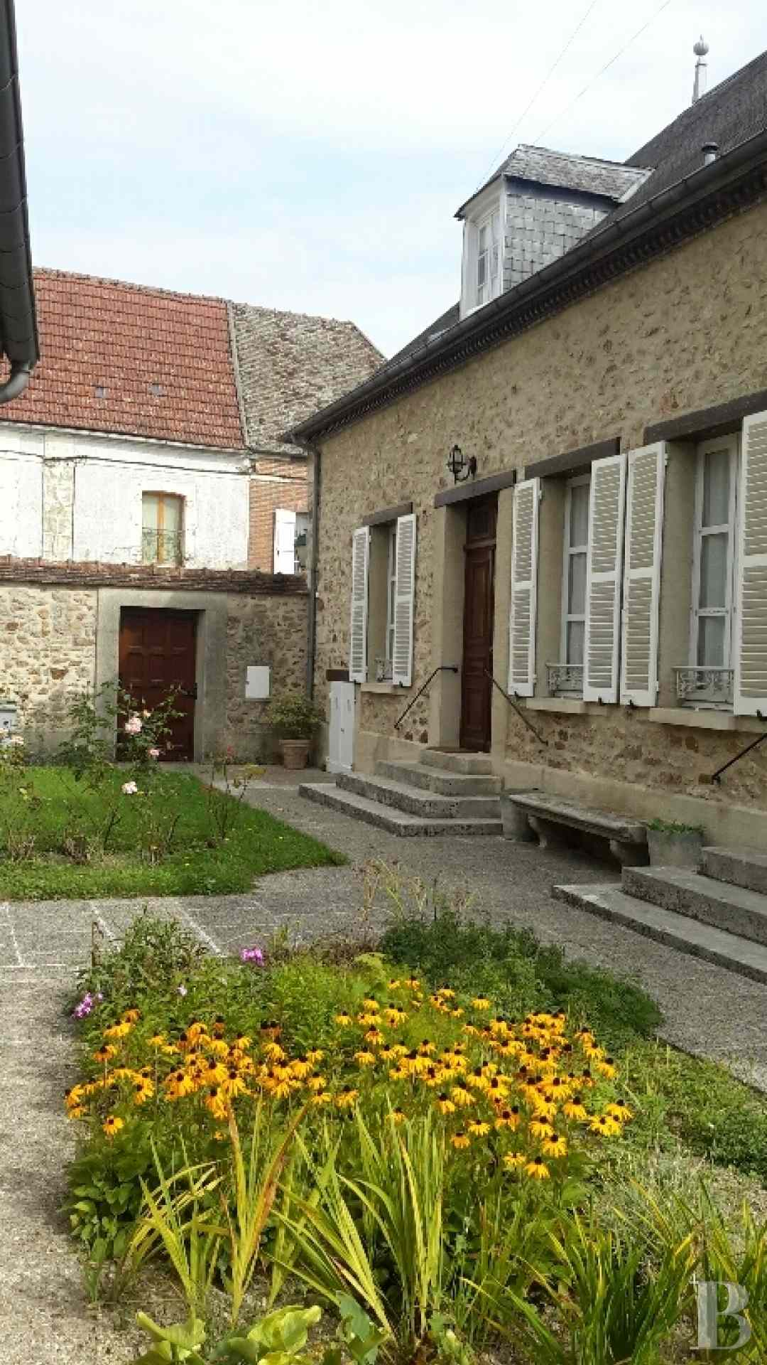 character properties France champagne ardennes character houses - 4 zoom