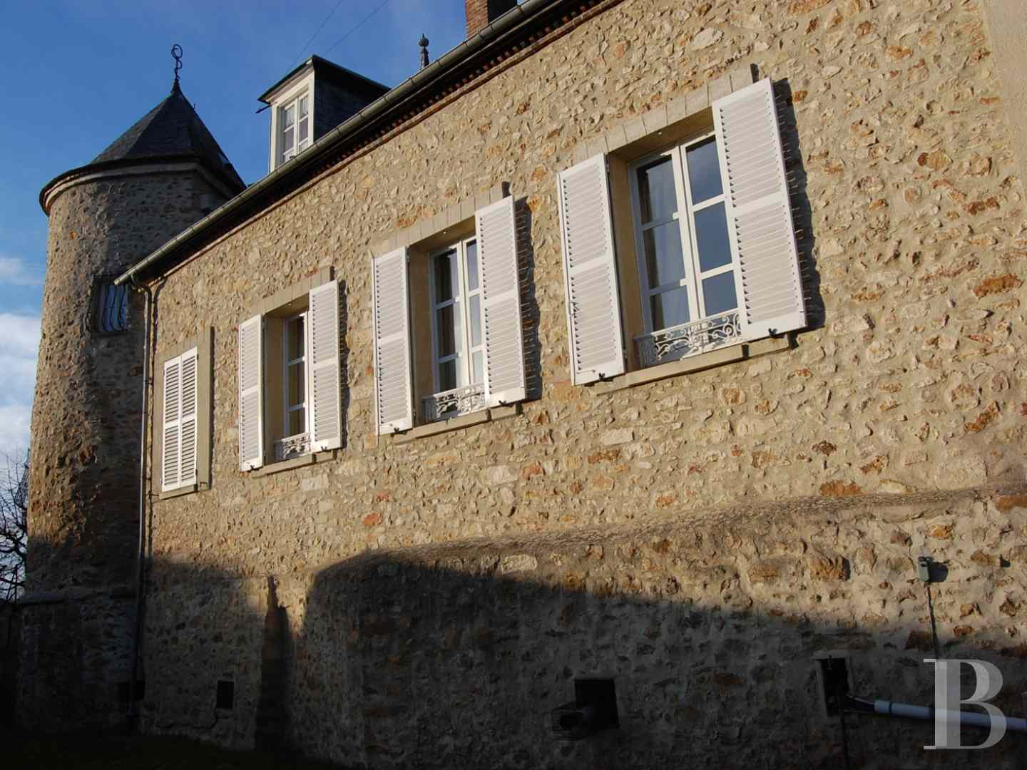 character properties France champagne ardennes character houses - 1 zoom