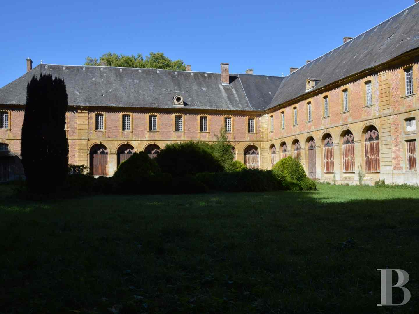 chateaux a vendre champagne ardennes chateau monument - 2 zoom