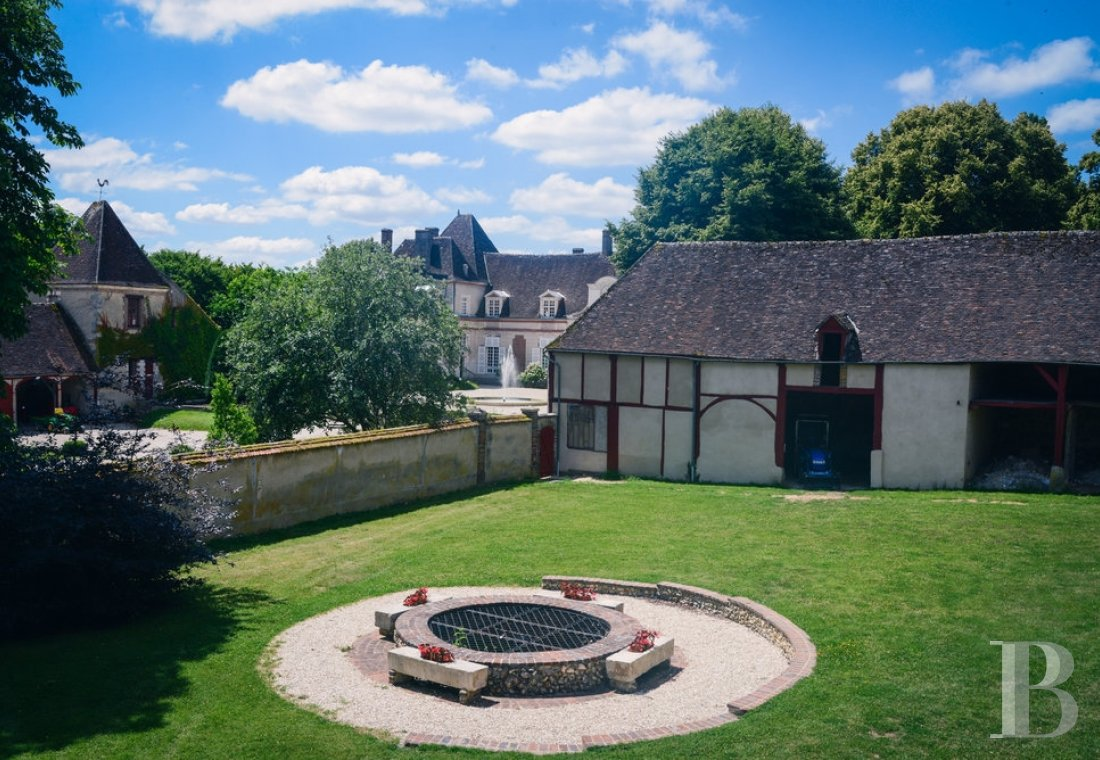 A 17th century chateau open to all arts and cultures in Yonne, Burgundy - photo  n°17
