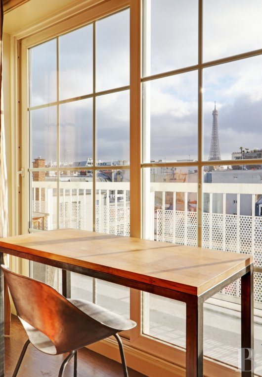 apartments for sale - paris - A 200 m² flat, with a terrace and a landscaped roof-terrace spanning a similar area, between the Trocadéro and La-Muette districts