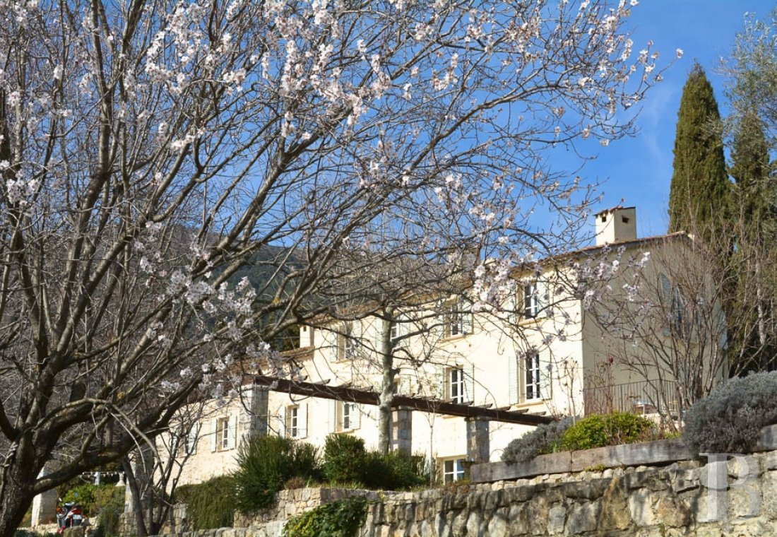 property for sale France provence cote dazur residences traditional - 1