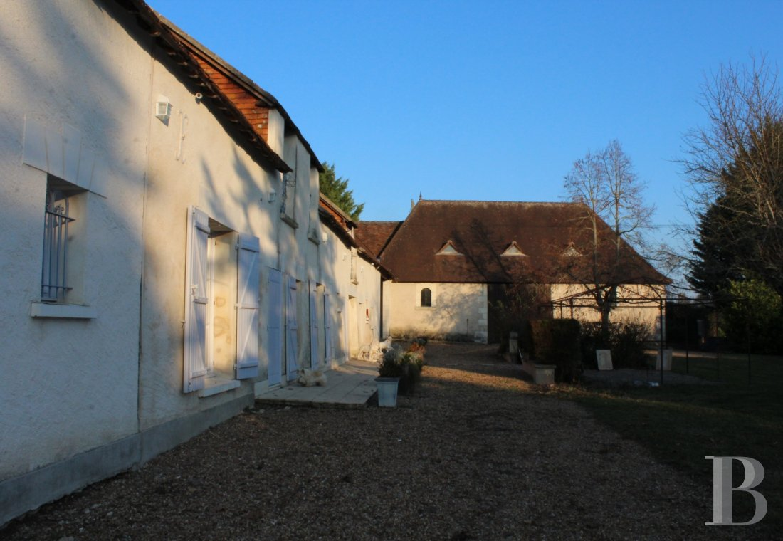 character properties France center val de loire   - 2