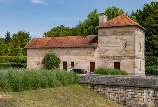 fA former fortress renovated with a contemporary spirit,  not far from Bar-le-Duc - photo  n°6