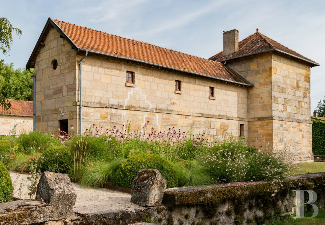 fA former fortress renovated with a contemporary spirit,  not far from Bar-le-Duc - photo  n°28