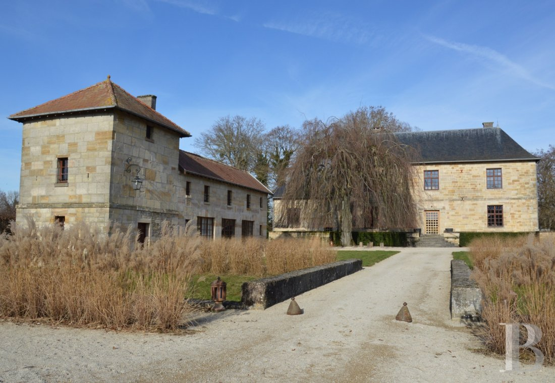 fA former fortress renovated with a contemporary spirit,  not farm from Bar-le-Duc - photo N�23