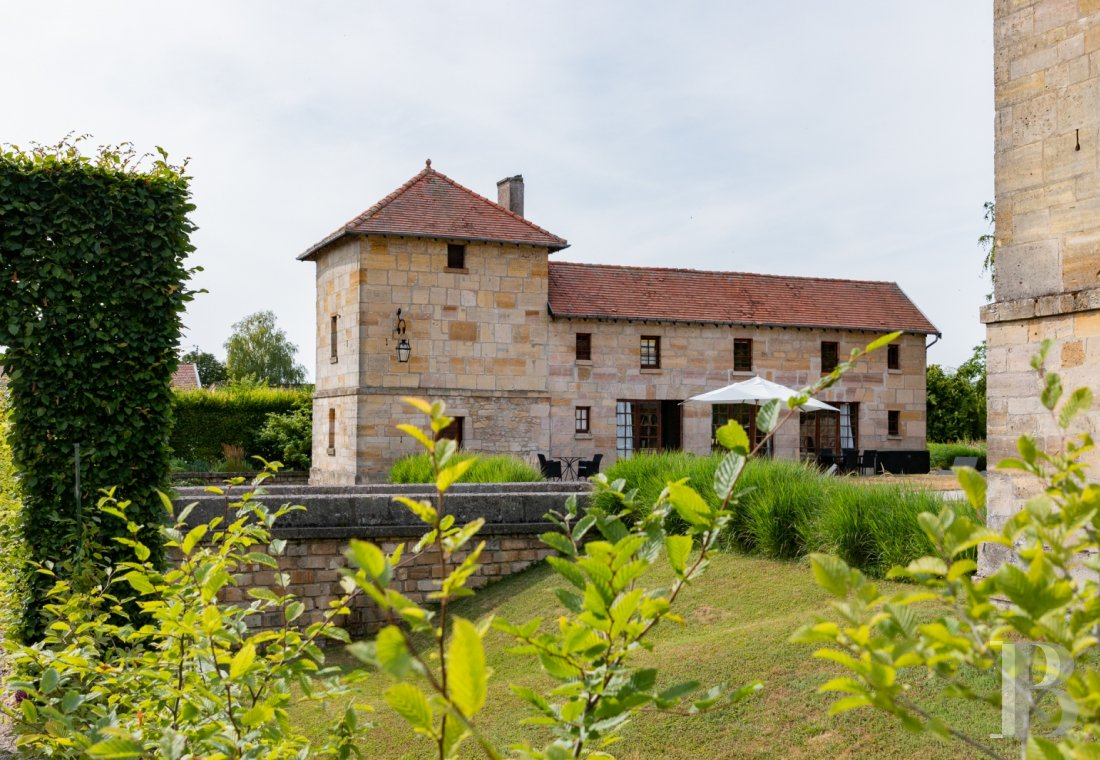 fA former fortress renovated with a contemporary spirit,  not far from Bar-le-Duc - photo  n°3