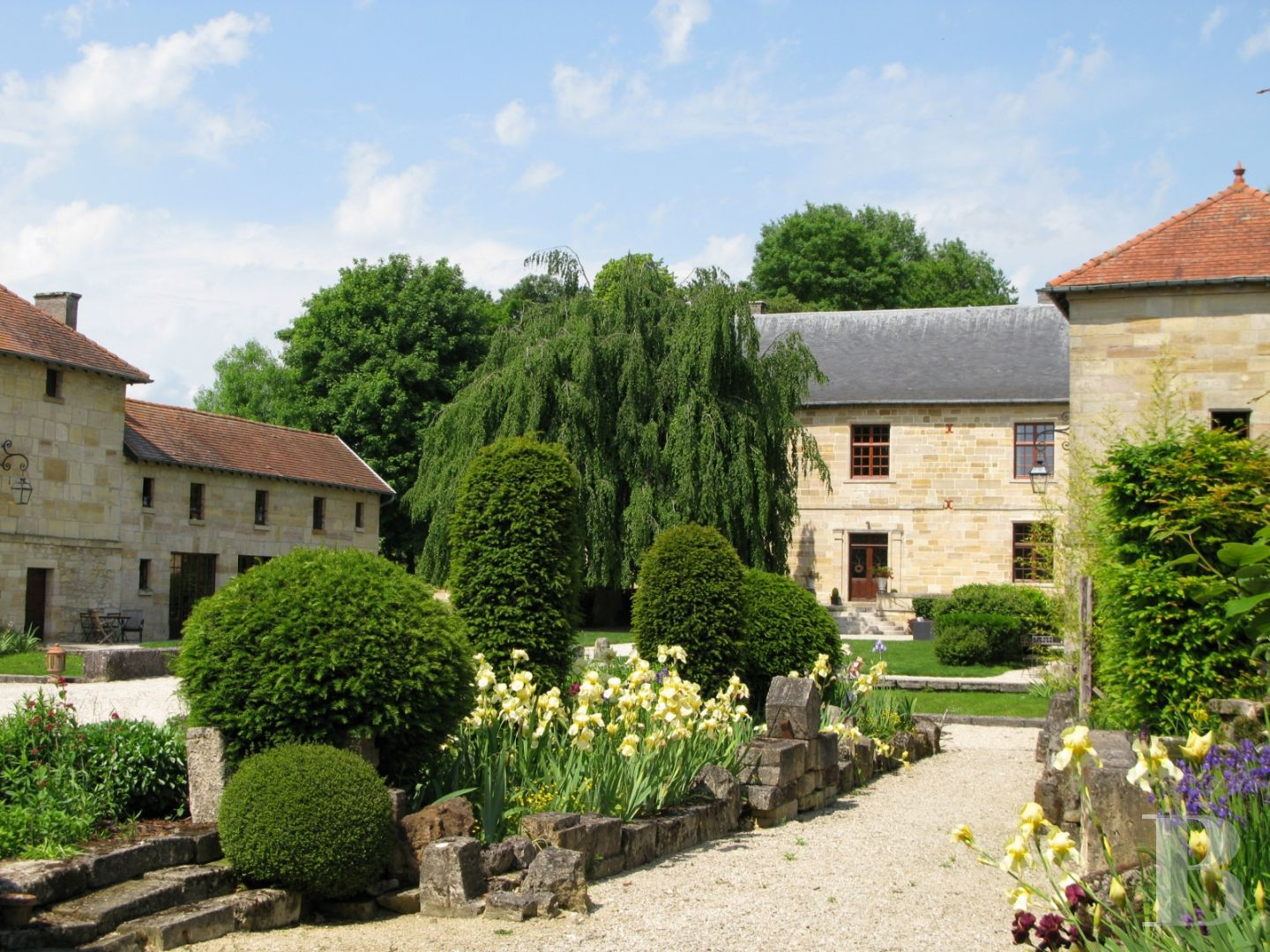 chateaux for sale France lorraine manors for - 5 zoom