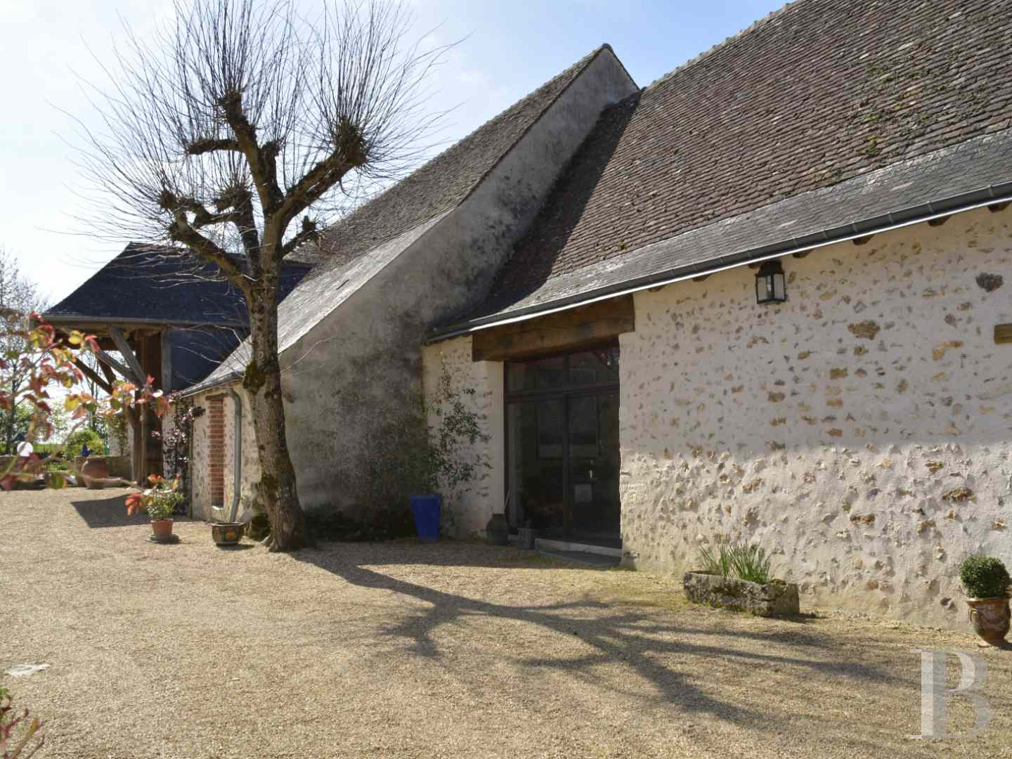 character properties France center val de loire 3984  - 9 zoom