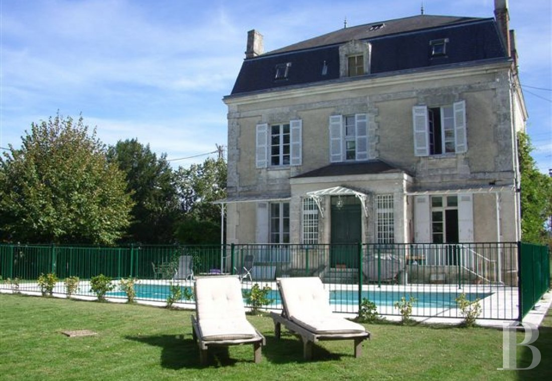 mansion houses for sale France aquitaine mansion houses - 1