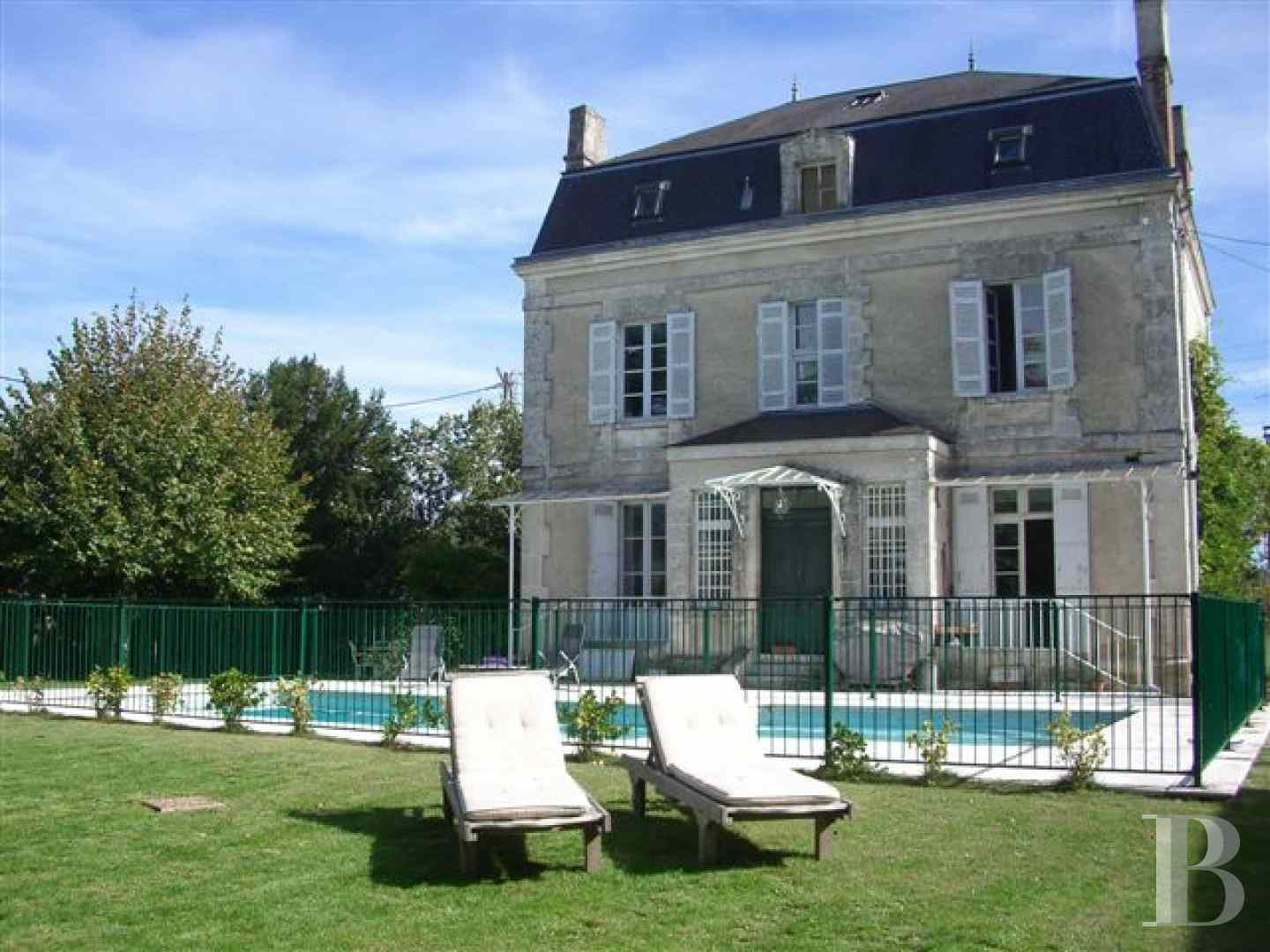 mansion houses for sale France aquitaine mansion houses - 1 zoom