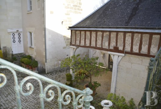 character properties France center val de loire   - 11