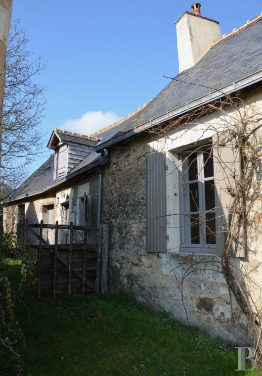 character properties France pays de loire residences farms - 3