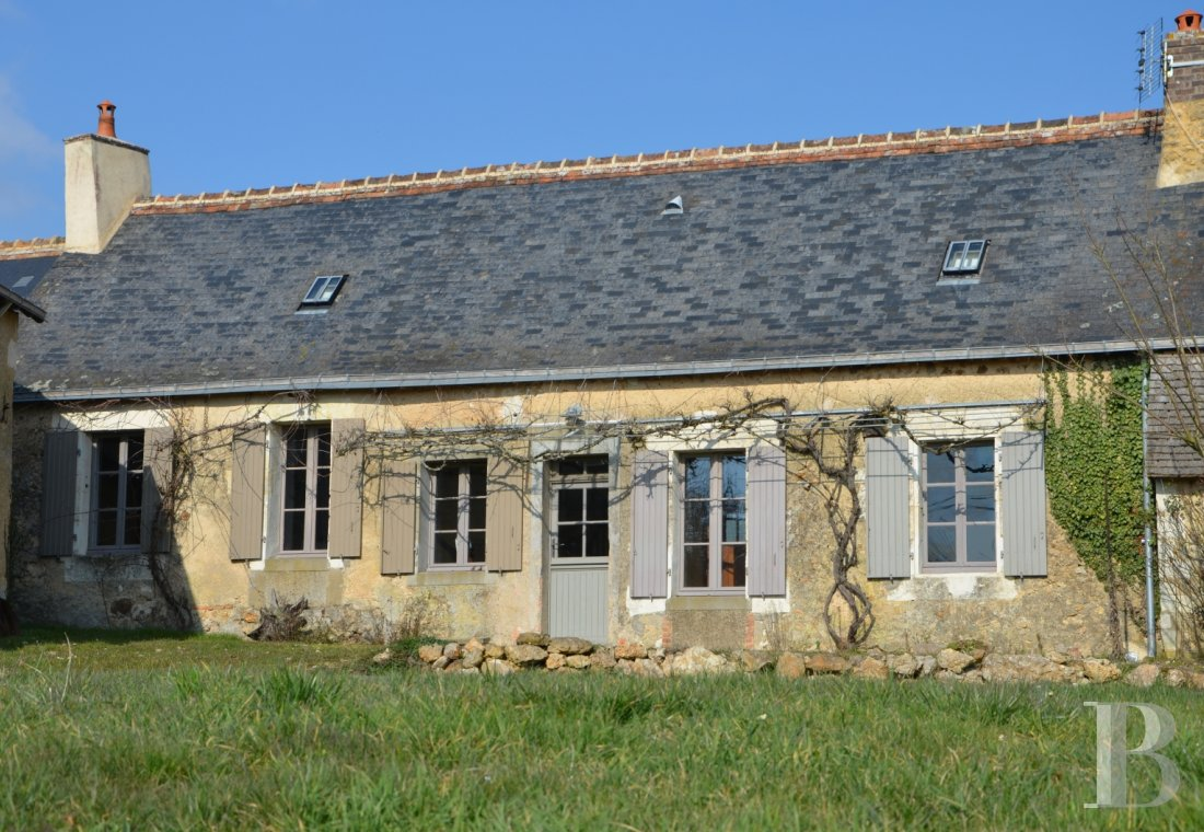character properties France pays de loire residences farms - 1