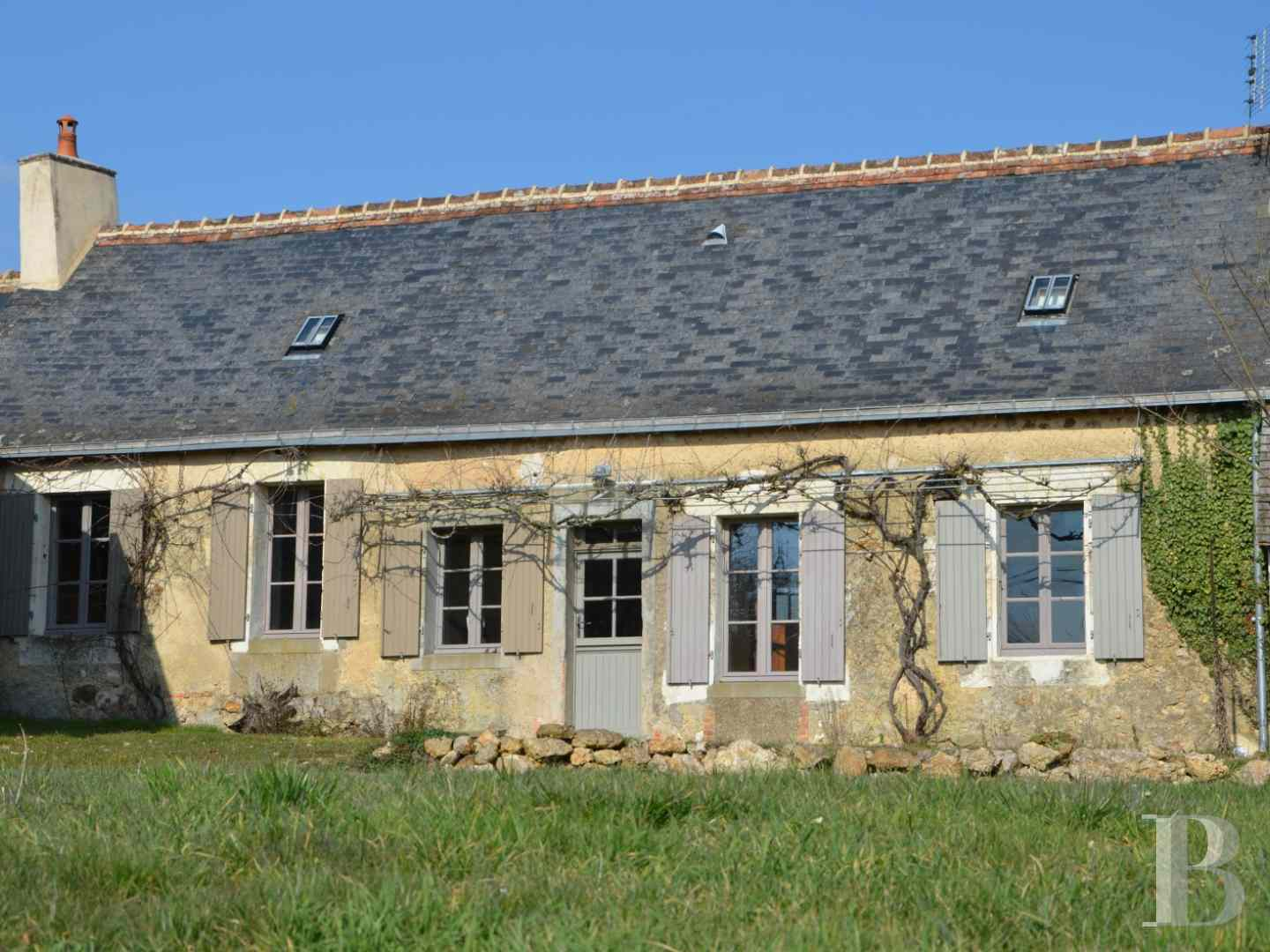 character properties France pays de loire residences farms - 1 zoom
