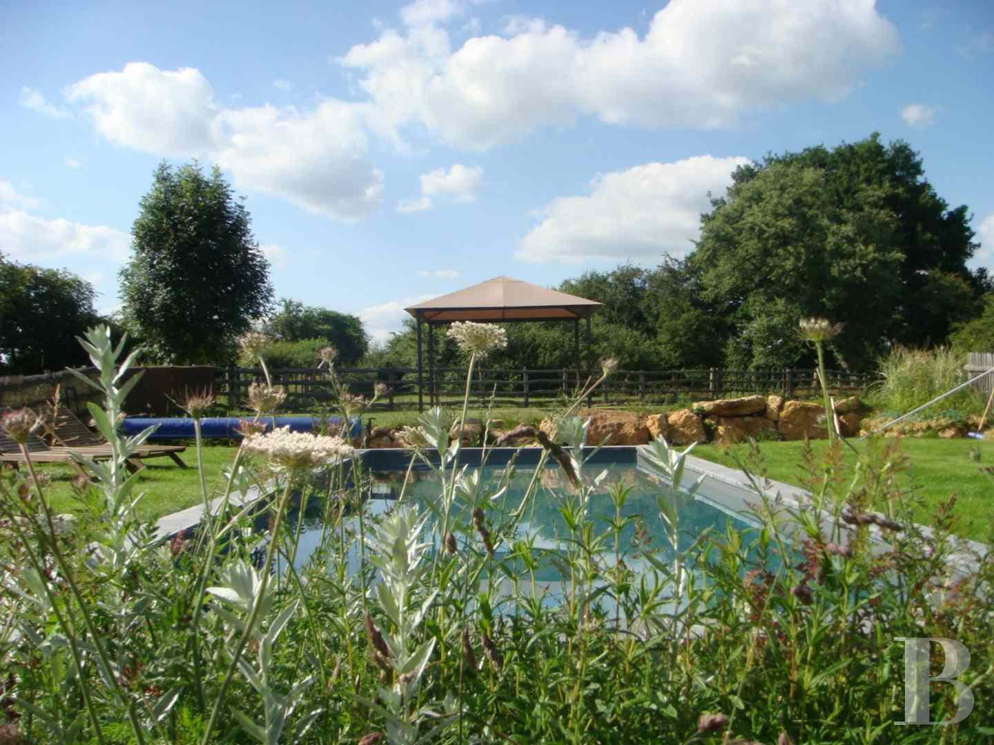 character properties France pays de loire residences farms - 12 zoom