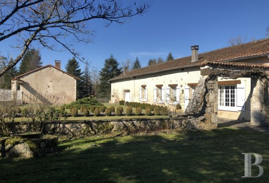 character properties France aquitaine   - 3