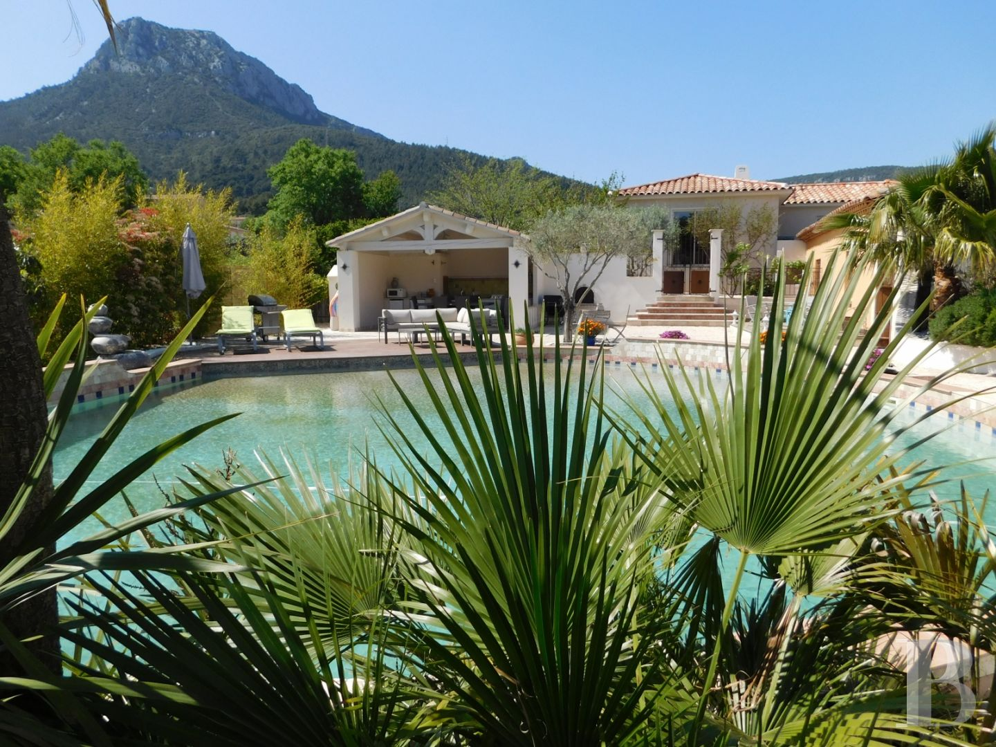 character properties France provence cote dazur 3927  - 13 zoom