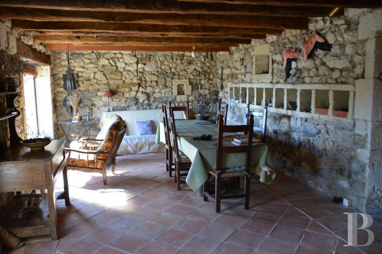 Mas Provencal A Vendre En Camargue monument historique à vendre camargue proche d'arles