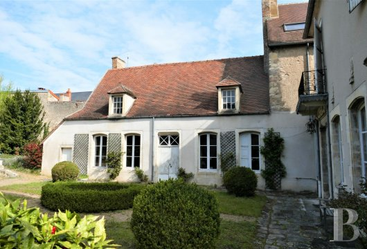 mansion houses for sale France center val de loire   - 4