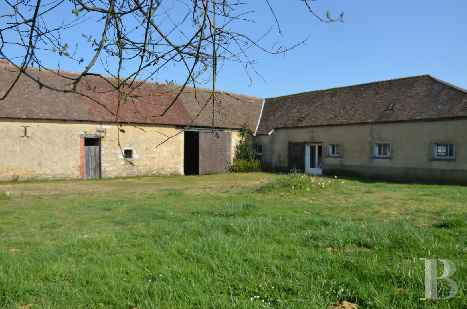 property for sale France pays de loire residences for - 11 zoom