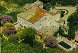 Castles / chateaux for sale - rhones-alps - In Provencal Drôme,-18th century castle